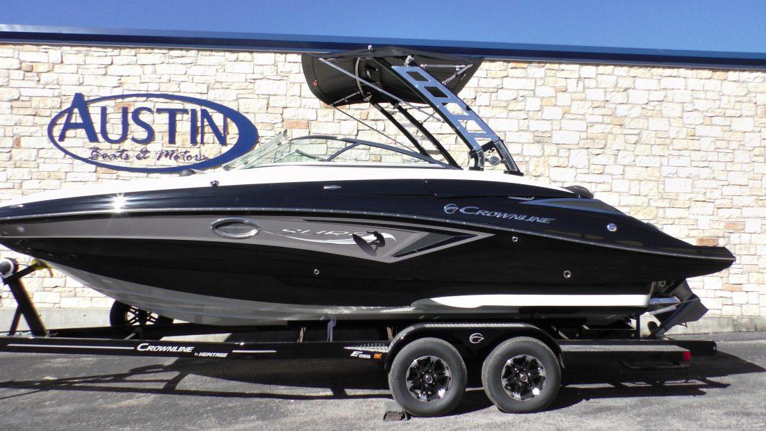 2019 Crownline E255 Surf - Austin Boat Show